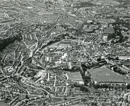 1975 Aerial view of Bath looking west, July