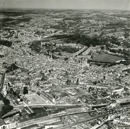 1949 Aerial view of Bath looking at the Avon Street area, 8th September