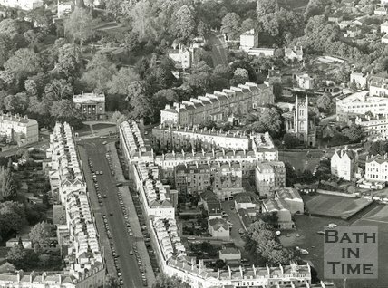 1991 Aerial view of Great Pulteney Street looking towards Sydney Gardens, Bath, May