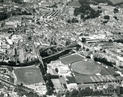 1975 Aerial view of Bath looking over the Recreation Ground
