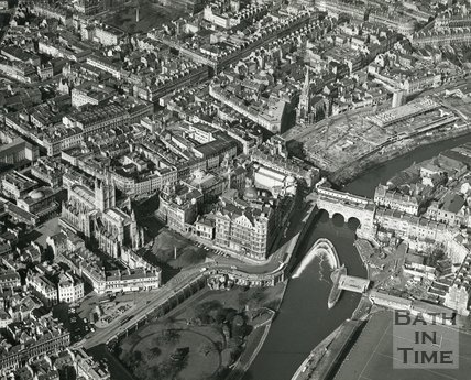 1972 Aerial view of Bath and the new weir at Pulteney Bridge, 1 March