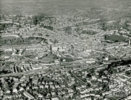 1971 Aerial view of Bath, 27 October