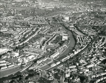 1971 Aerial view of Bath looking up the River Avon from Twerton, 27 October