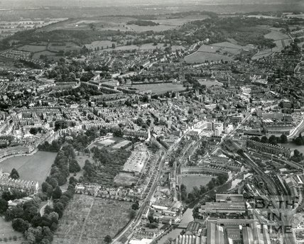 1965 Aerial view of Bath looking south east