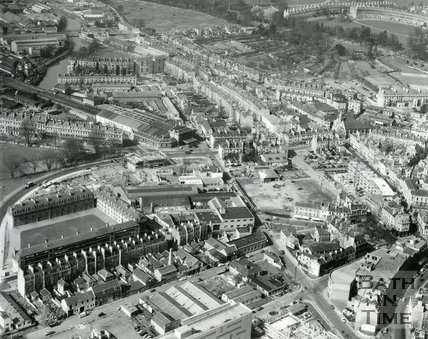 1960 Aerial view of Kingsmead flats, Green Park and Kingsmead Street area of Bath