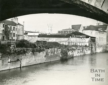 View of the River Avon looking under St James Bridge, Bath towards the rear of Manvers Street, Bath, c.1950s?