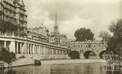 The Colonnade under Grand Parade, the weir and Pulteney Bridge, c.1930