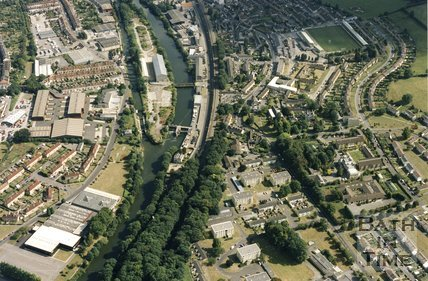 1993 Aerial view of Weston Island and Twerton, Bath, September