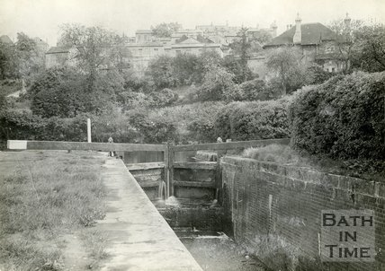 Disused lock in the Kennet & Avon canal at Widcombe, Bath, c.1914
