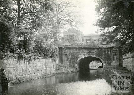 The Kennet & Avon Canal at Sydney Gardens, Bath, c.1914
