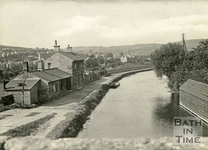 The Kennet & Avon Canal, Bath looking east, c.1920s?