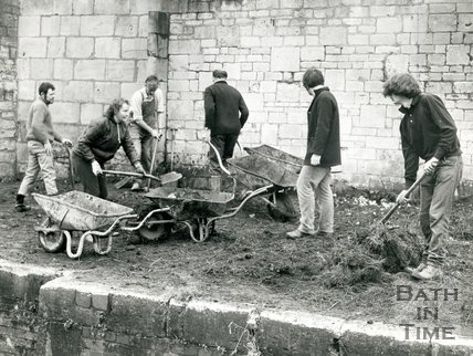 Restoring the Kennet & Avon canal, Widcombe, Bath, August 1970