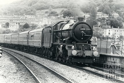King George V steam engine passing through Bath Spa station, date unknown.