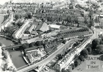 1981 Aerial view of Green Park station, Bath, 8 July