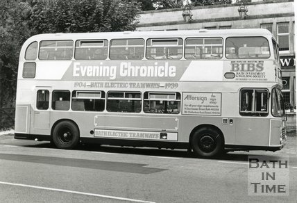 Badgerline Bus outside the Crown at Bathford, August 1989