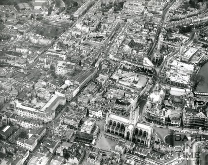 1972 Aerial view of Bath Abbey and City Centre