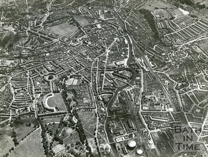 1935 High level aerial view of the city of Bath, July