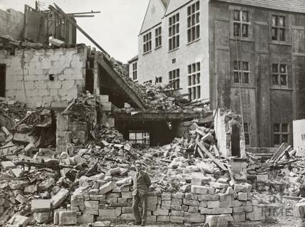 4, Manvers Street, Bath 1942