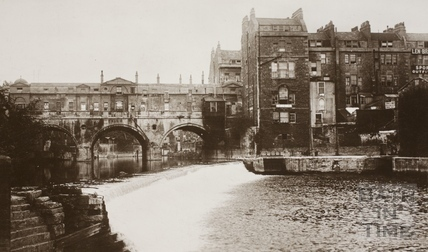 Pulteney Bridge and weir, Bath c.1912