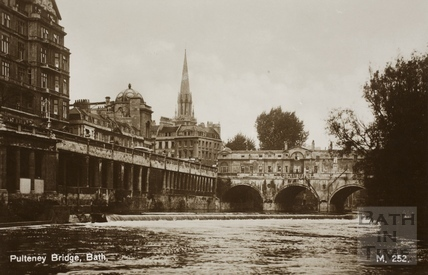 Pulteney Bridge and weir, Bath c.1930