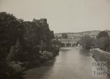 Pulteney Bridge view from North Parade Bridge, Bath