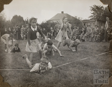 Sticky buns on a string, Charlton Park, Keynsham 1945