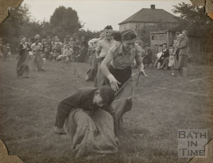 Toddlers race, Charlton Park, Keynsham 1945