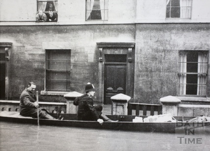 Flooding outside 19, Albert Buildings, Victoria Bridge Road, Bath 1947