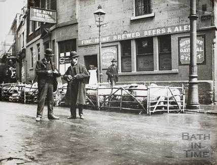 Bee Hive Hotel, 1, Ladymead, Walcot Street, Bath c.1895