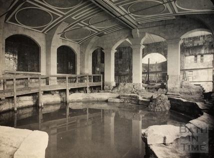 The Roman Circular Bath, Bath c.1900