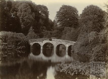 The bridge at Stourhead, Wiltshire c.1900