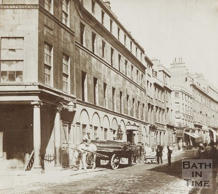 Photograph The White Hart Inn, the site on which the Grand Pump Room Hotel was built, c.1860