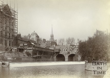 View of the weir and Pulteney Bridge, c.1901