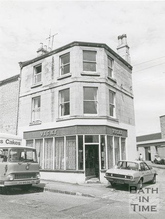 Vicki's, 19 High Street, Twerton, Bath, 1982