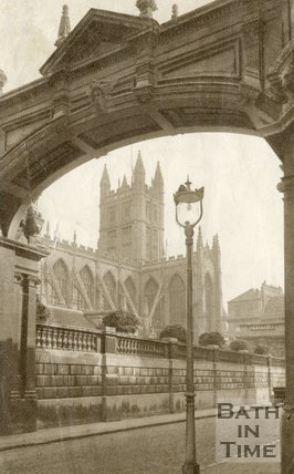 Bath Abbey viewed under the arch leading to the old laundry, York Street, c.1940s