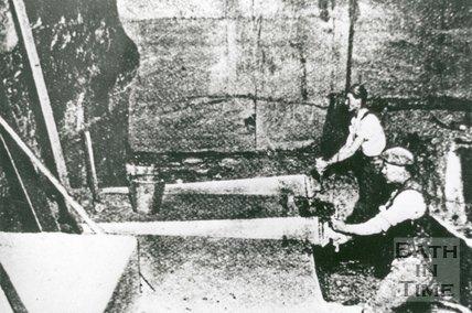 Inside Combe Down Stone Mines, Bath, c.1900
