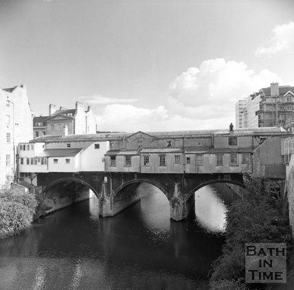 The less photographed rear of Pulteney Bridge, Bath, c.1990