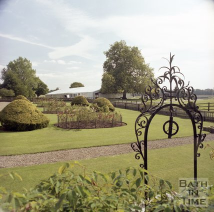 The gardens of Hartham Park, Wiltshire, 1997