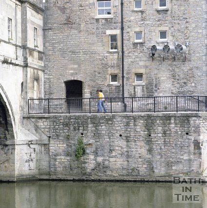 The steps down from Argyle Street to Pulteney Weir, Bath,  June 1985