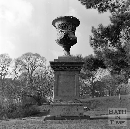 A stone urn in Royal Victoria Park, Bath, c.1977