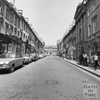 View up Milsom Street, Bath, c.1977