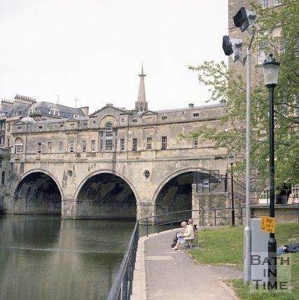 Pulteney Bridge and weir, Bath,  June 1985