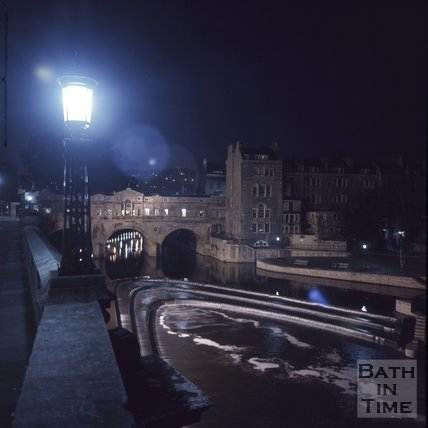 The weir and Pulteney Bridge, Bath at Night time, c.1975 - 1980