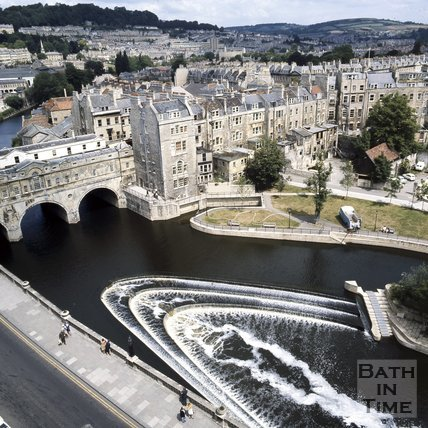 Pulteney Bridge and weir from the Empire Hotel, Bath, c.1975