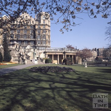 Parade Gardens with the Empire Hotel in the background, Bath, c.1975 - 1980