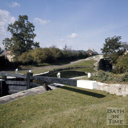 Widcombe Locks on the Kennet & Avon Canal, Bath, c.1976