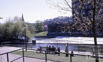 The weir at Pulteney Bridge, Bath, c.1980