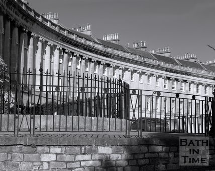 Railings and columns of the Royal Crescent, Bath, c.2002?