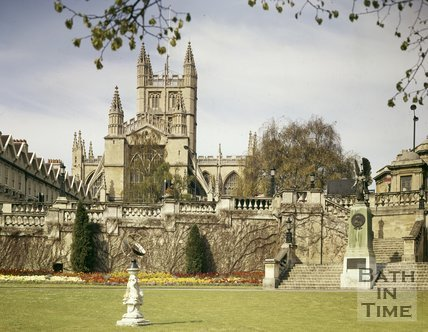 Parade Gardens with Bath Abbey in the background, c.1990