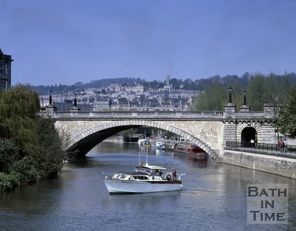 A busy river scene in Bath looking north towards North Parade Bridge, c.1990s?